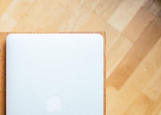 instalar-tarima-madera-exterior-sintetica-jaen